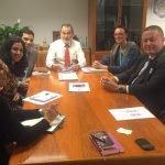 Ayer se reunió el consejero de Fomento, Francisco Bernabé, con representantes de la UE que va a dar dinero para tratar de revitalizar La Manga