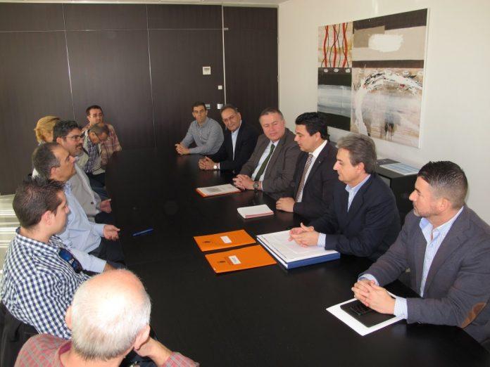 Francisco Bernabé se reunió ayer con empresarios y comerciantes del municipio de San Javier