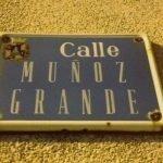 La calle Muñoz Grande de Los Belones, presente en la lista realizada por la GEMHCT y que no aparece en la lista que se aprobará en Pleno.