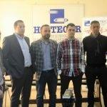 José Luis Gestoso (2d) forma parte de la candidatura a la presidencia de Hostecar
