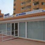 Oficina de La Manga Consorcio, donde tendrá lugar la reunión entre los alcaldes de San Javier y Cartagena.