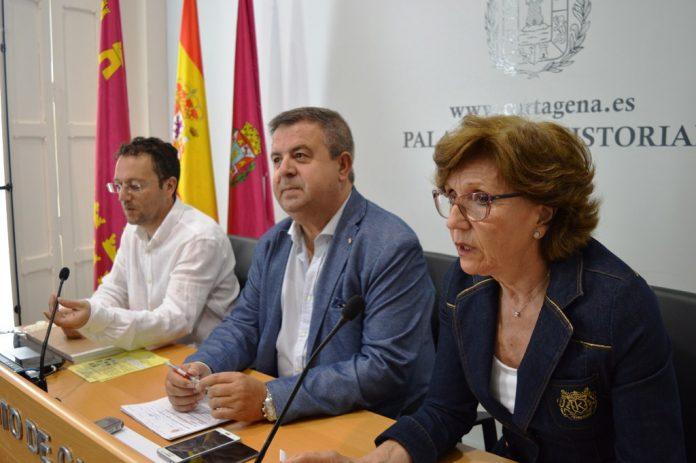 Ayer se presentó en el Ayuntamiento la campaña contra el mosquito tigre en el municipio.