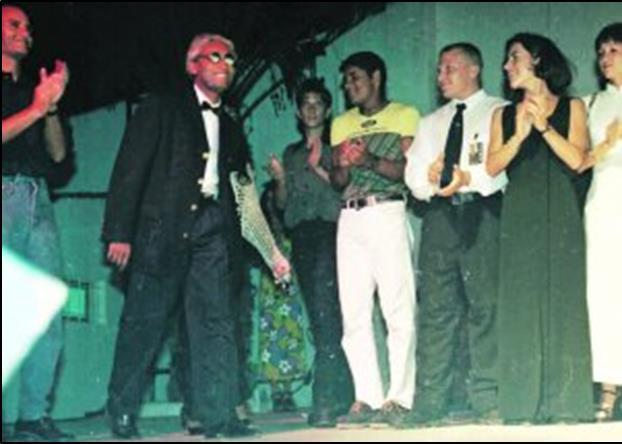 El 18 de julio de 1997, Carmichael se autopresentó como el gran mecenas de La Manga con una espectacular fiesta en la discoteca Trip's que él mismo remodeló para la ocasión