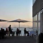 El Observatorio Laboral de Interempleo considera que va a haber una mayor demanda de camareros este verano en la costa (imagen de archivo)