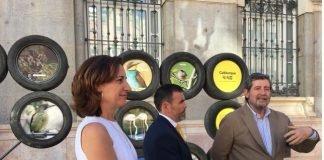 La Comunidad ha decidido usar neumáticos usados como reclamo publicitario para anunciar la campaña Calblanque 4:40
