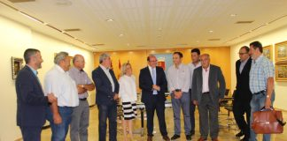 El presidente de la CARM y la consejera de Medio Ambiente se reunieron con representantes de los agricultores del Campo de Cartagena.