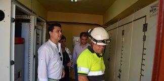 El alcalde visitó ayer las instalaciones de mantenimiento de las estaciones de bombeo de La Manga