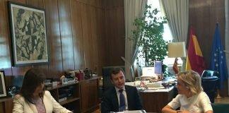 """La consejera mantuvo ayer una reunión en Madrid con el Secretario de Estado de Medio Ambiente para informarle del proyecto """"vertido cero"""" a la laguna"""