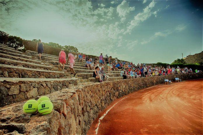 La pista central de tenis de La Manga Club acogerá el campeonato.