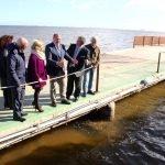Pedro Antonio Sánchez comprobó ayer, personalmente, el lodazal en el que se ha convertido el Mar Menor.