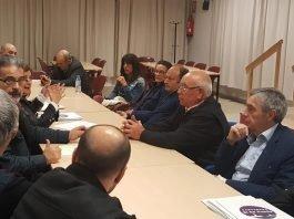 Durante la noche del martes los representantes vecinales del Rincón de San Ginés se reunieron con el grupo municipal de CTSSP.